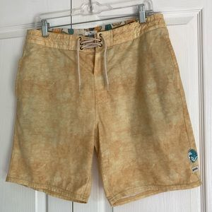 Rip Curl Boardshorts Layday size 32 swim yellow